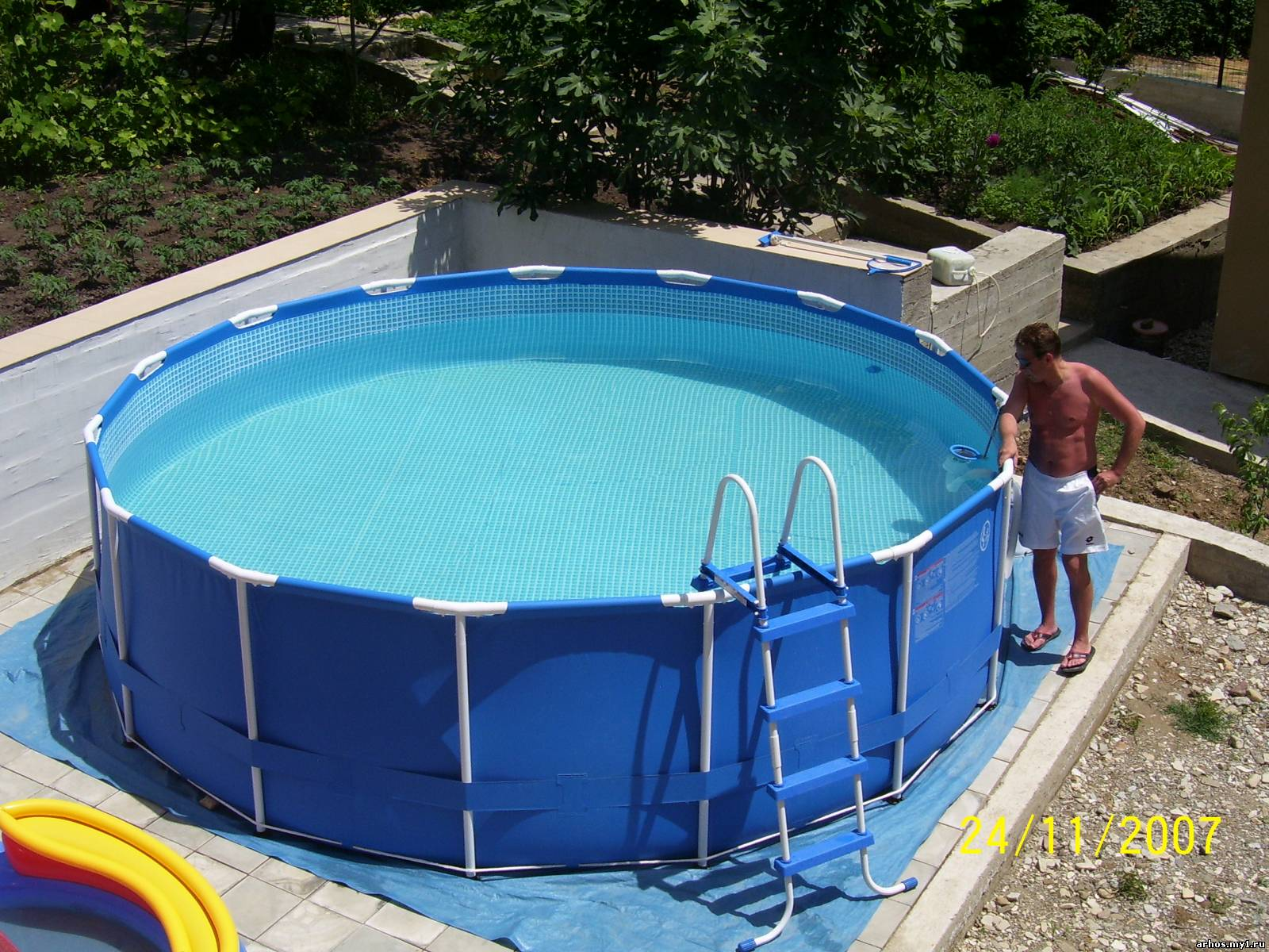 Ремонт каркасного бассейна intex своими руками